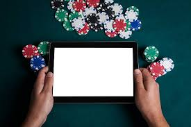 Bagaimana Kasino Menghasilkan Uang di Poker